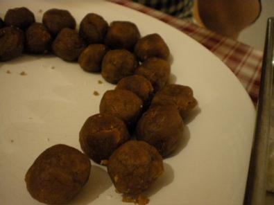 balls of lotus paste